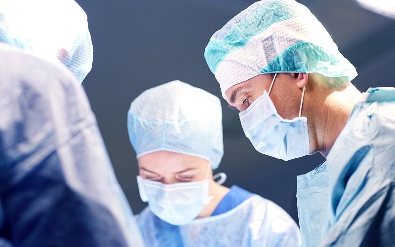 grupa chirurgów